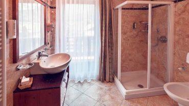 Bagno-hotel-adler-andalo